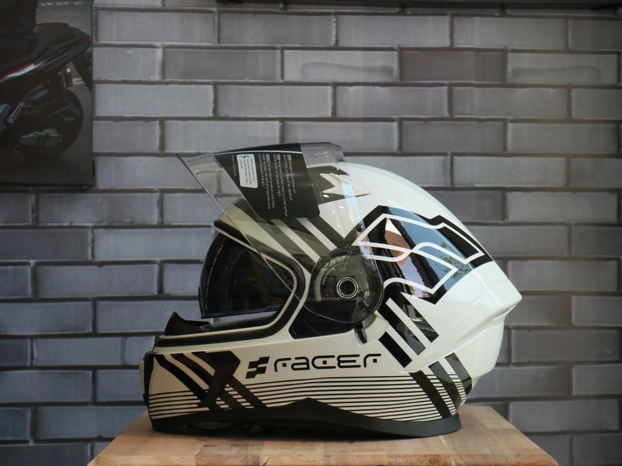 หมวกกันน็อกเต็มใบ RACER